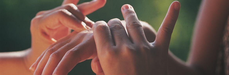 De magie van handen op je huid
