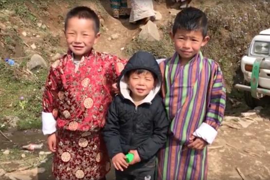 Dit doen de gelukkigste mensen ter wereld in hun vrije tijd – 'Thuis in Bhutan' vlog #26