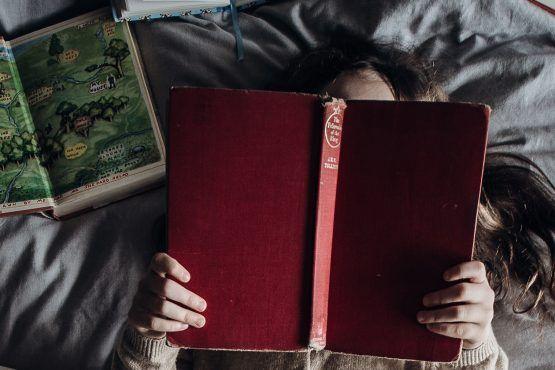Verhaaltje voor het slapengaan? Met deze voorleesboeken maak je je kinderen geheid blij