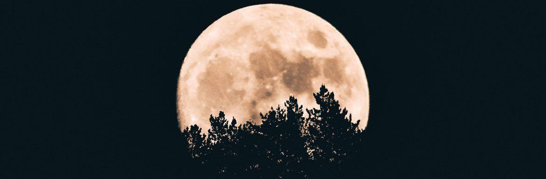 Het is volle maan: dit kun je vanavond beter wel en niet doen
