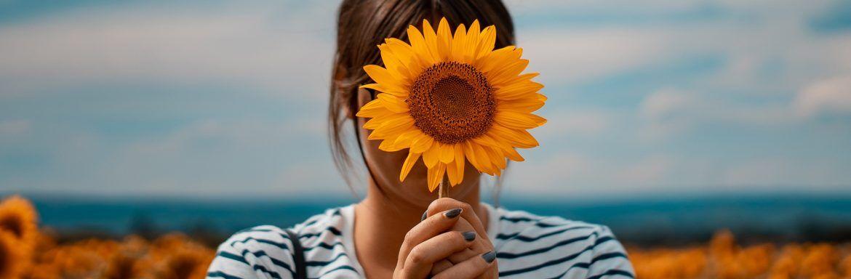 7 eigenschappen van een extraverte introvert