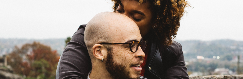 Last van jaloezie in je relatie? Hier zijn vijf adviezen